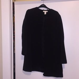 EUC H&M black coat with scalloped edges